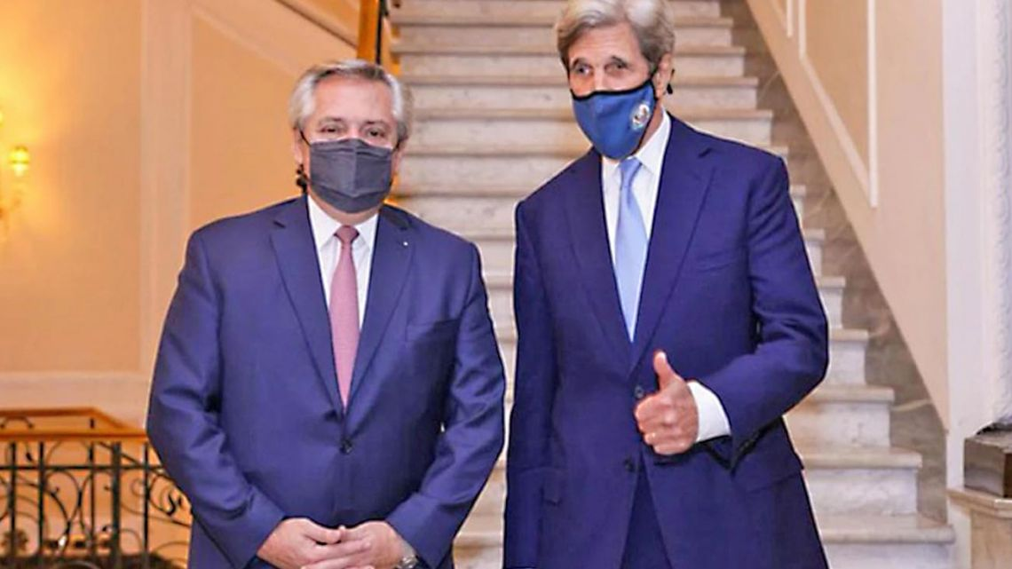 President Alberto Fernández meets with John Kerry, the Special Presidential Envoy for Climate of theJoe Bidenadministration