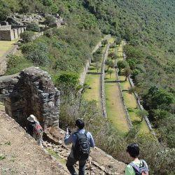 Las autoridades peruanas decidieron vacunar a los pobladores de Machu Picchu para volver al turismo receptivo.