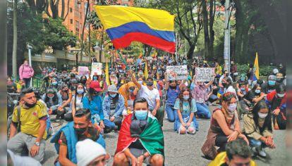 Al frente. Las mujeres también protagonizan las resistencias sociales, en este caso en Colombia.