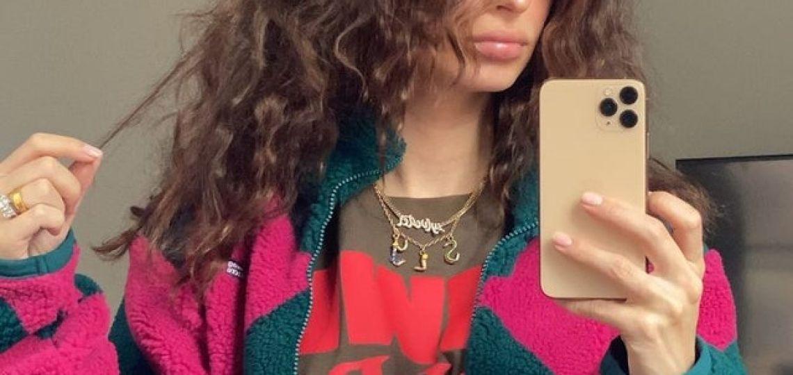 El blazer oversized de Emily Ratajkowski que querés tener