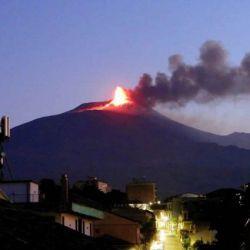 Los volcanes Etna y Estrómboli erupcionaron esta semana sin provocar daños materiales.
