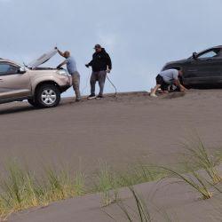 Las encajadas en la arena que se resolvieron con el uso de un malacate.