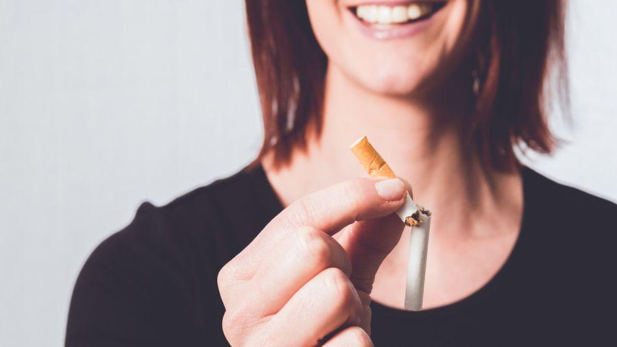Dejar de fumar es lo más importante en materia de salud que un fumador puede hacer a lo largo de toda su vida, no solo para vivir más tiempo, sino para vivir mejor.