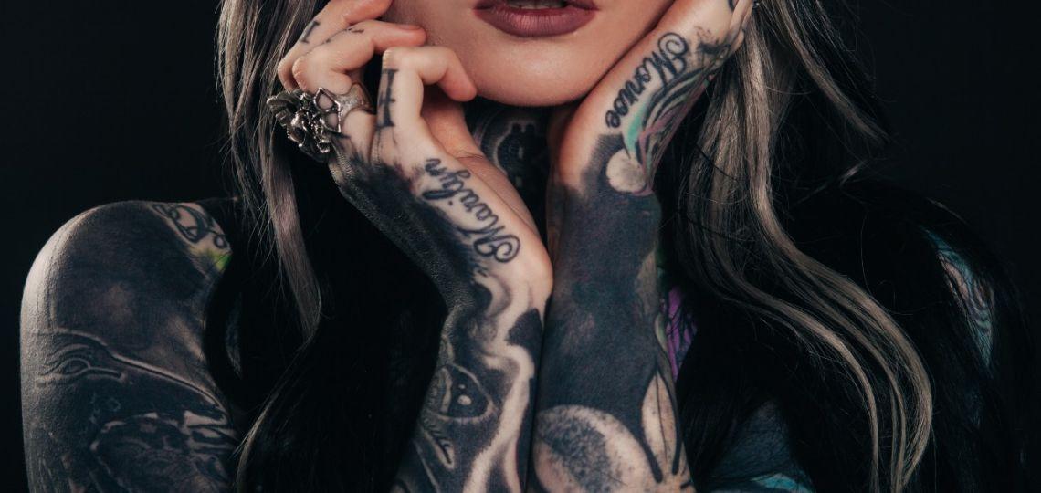 Tatuajes: ¿cómo borrarlos? La técnica que eligió Mica Tinelli
