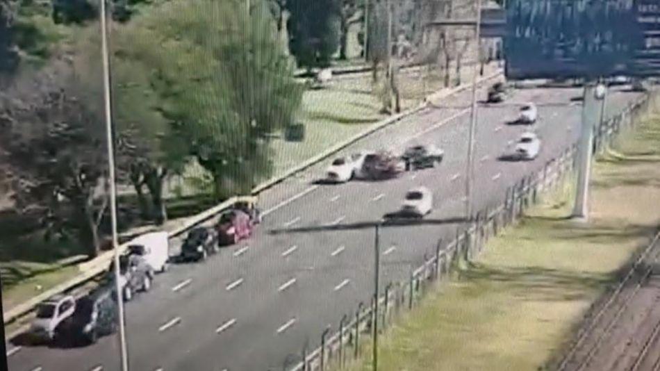 Accidente de tránsito en Avenida Lugones 20210526