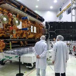 Entre sus logros más importantes se encuentra la serie SAC de cuatro satélites argentinos de aplicaciones científicas (SAC-A, SAC-B, SAC-C y SAC-D/Aquarius).