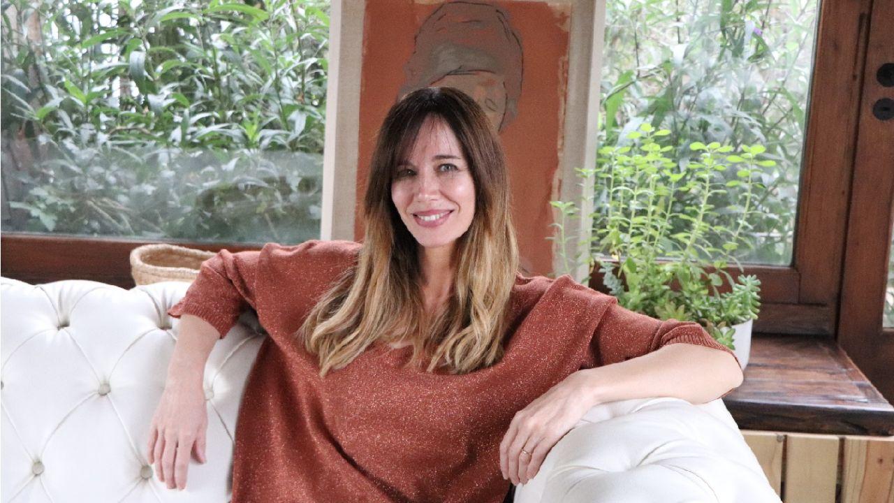 """Afirma que el diseño está en su ADN, es artista plástica y dio clases en un taller: """"El arte sana"""", confiesa.    Foto:Gentileza Carolina Prat y Victoria Andino."""