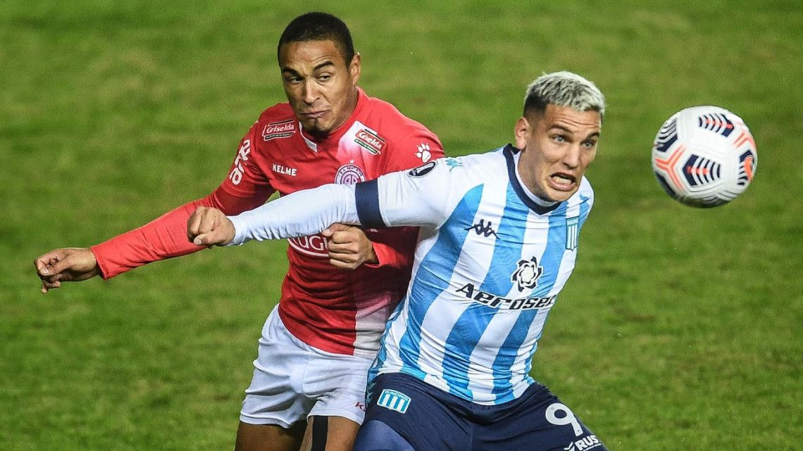 Copa Libertadores matches continued this week in Argentina, despite the health crisis.