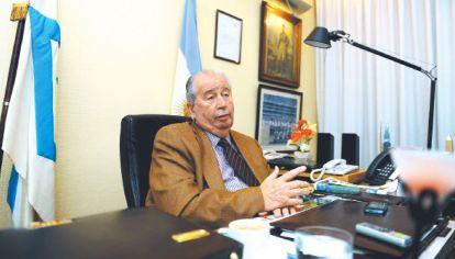 """Sobornos. """"Los estoy contando con mi esposa Nélida en Buenos Aires"""", ironizaba Grondona."""