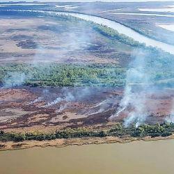 Las condiciones de sequía inciden en la propagación de los incendios en las islas.