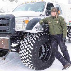 Bautizado como Ford Super Duty, este vehículo es utilizado por el personal del parque para repartir el correo a sus residentes permanentes.