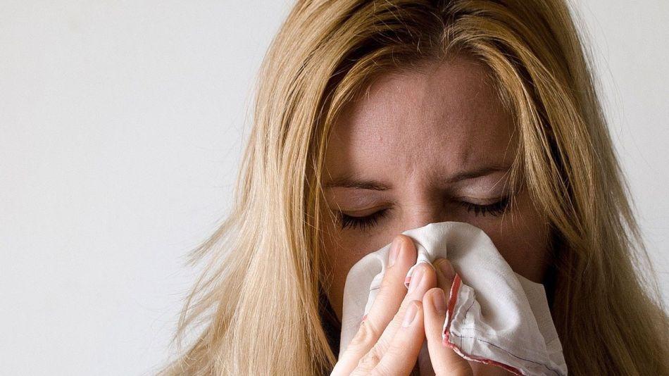 Congestión nasal rinitis COVID