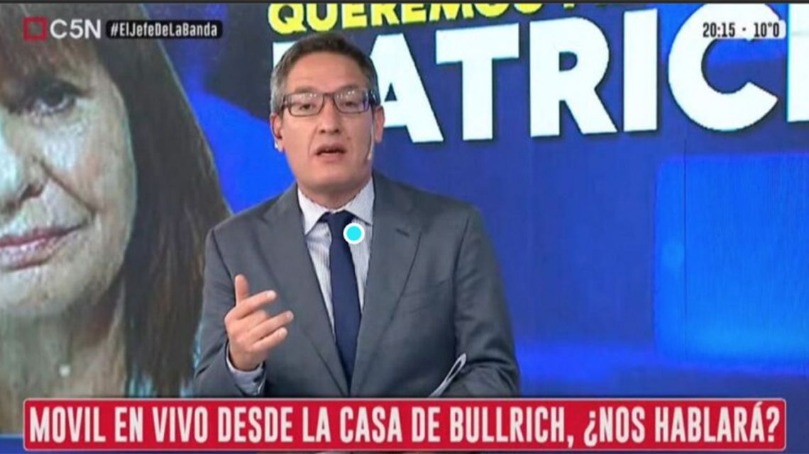 """C5N television news channel has fired journalist Tomás Méndez for helping to organise an """"escrache"""" exposure protest outside opposition leader's Patricia Bullrich's house that he later broadcast live on air."""