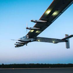 La aeronave mide unos 71,93 metros de largo y puede alcanzar una velocidad máxima de 90 km/h.