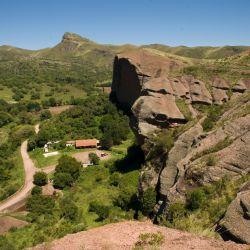 Ongamira está ubicada a 25 kilómetros de Capilla del Monte, en Córdoba.