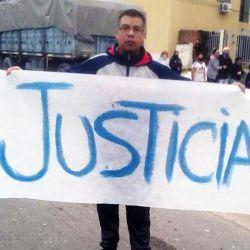 Demostrators demand justice in 'El 7,' Rosario.