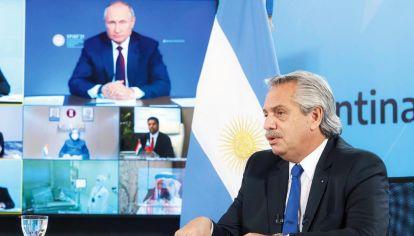 Videoconferencia. Fernández agradeció a Putin por la confianza.