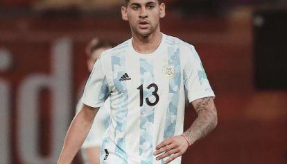 A LA ALTURA. Cuti Romero debutó con la Selección y para muchos medios fue la figura del equipo argentino.