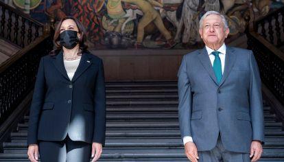 La vicepresidenta de EE.UU. y el presidente de México.