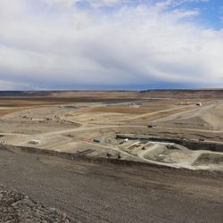 Mientras varias organizaciones afirman que su construcción acarreará graves daños ambientales, desde la empresa lo niegan.