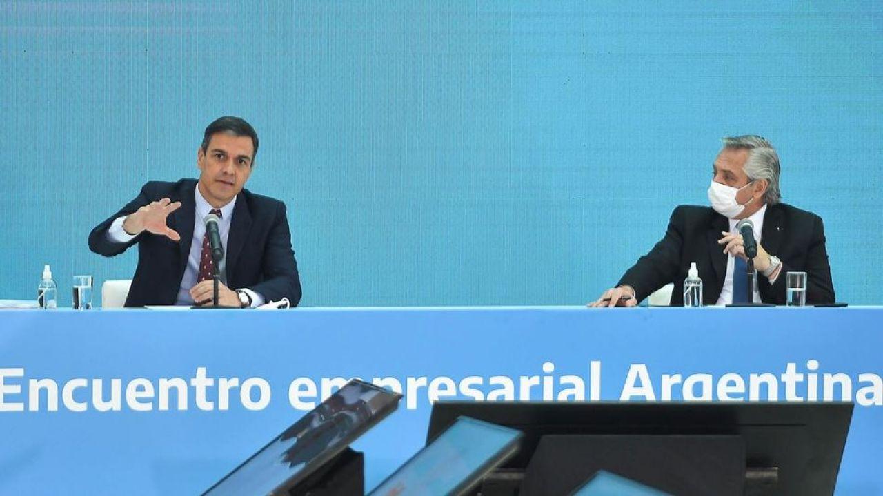 Pedro Sánchez y Alberto Fernández | Foto:Cedoc