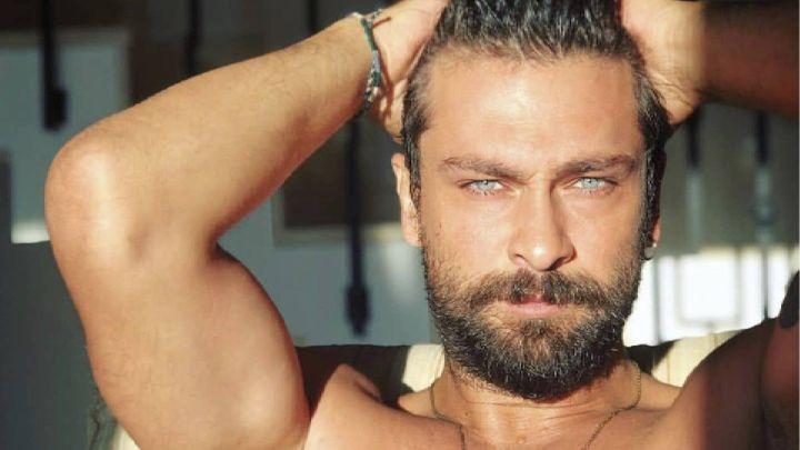 Piel bronceada y malla reveladora: la foto de Onur Tuna, de Doctor Milagro, que enloqueció a sus fans