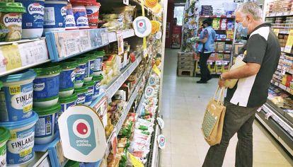 Consumidores. Los aumentos de los lácteos, huevos y la carne afectan a los de menos ingresos.