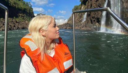 Lali Espósito viajó a las Cataratas del Iguazú con David Victori