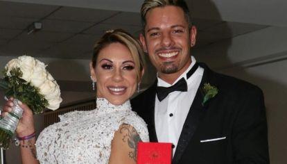 Mónica Farro se separó otra vez y su ex se llevó el televisor