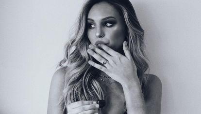 Juanita Tinelli, la Kendall Jenner argentina: piluso Prada y un iconic black dress
