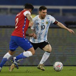 Argentina va contra Uruguay