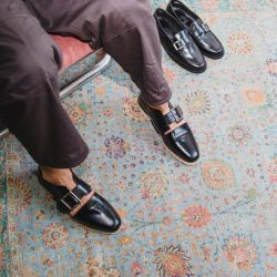 De borcegos a botas: tres firmas de zapatos de autor para hombres