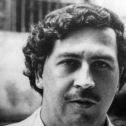 El 19 de junio de 1991, Pablo Escobar, se entregó a las autoridades colombianas.