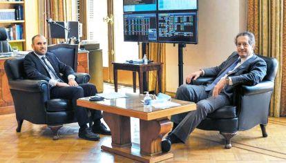Pilotos. Miguel Pesce y Martín Guzmán intentarán contener la brecha en los próximos meses.