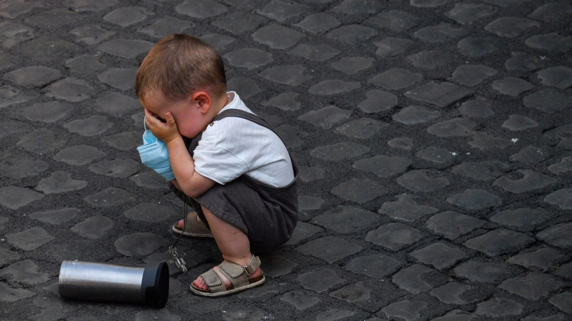 A toddler pictured during the Pope's weekly general audience at San Damaso courtyard on June 16, 2021 in The Vatican.