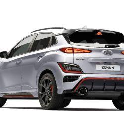 KONA N está propulsado por un motor GDI turboalimentado de 2.0L con una transmisión de doble embrague húmedo de 8 velocidades (N DCT).