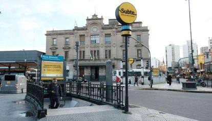 La Ciudad adapta las filas de colectivos en los Centros de Trasbordo de Once y Liniers para evitar aglomeraciones.