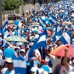 La multitudinaria marcha que salió a reclamar por las detenciones arbitrarias de Ortega en Nicaragua, entre las que se cuenta la de Arturo Cruz. | Foto:cedoc
