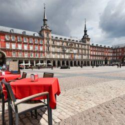 El Ayuntamiento de Madrid presentó un completo mapa gastronómico para recorrer la capital de España.