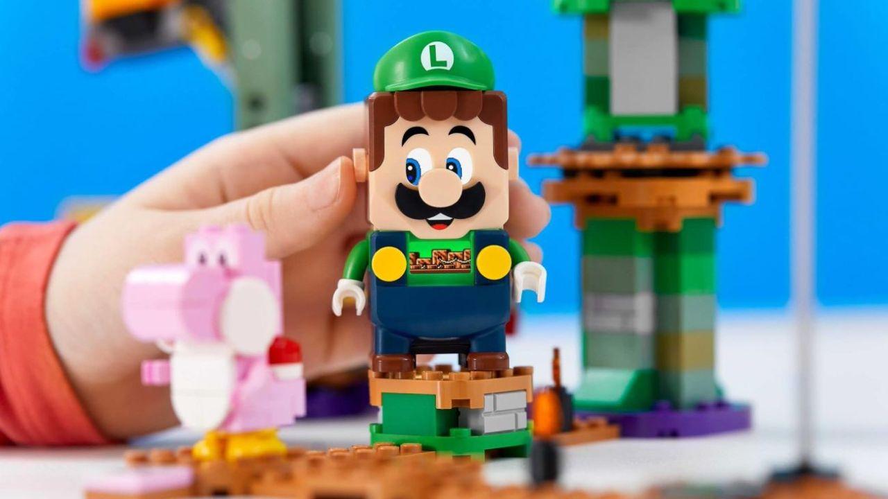 Lego Super Mario funciona con Bluetooth.    Foto:Lego