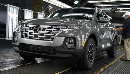 Hyundai comienza con la producción en serie de la Santa Cruz