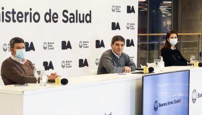 Mensaje. Fernán Quirós brinda una conferencia de prensa matutina dos veces por semana.