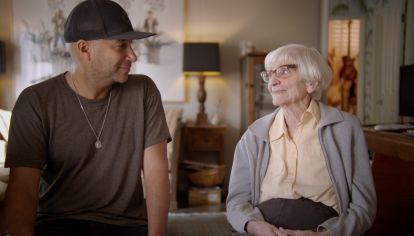 Tom Morello, de Rage Against The Machine, y la increíble y aguerrida Mary.