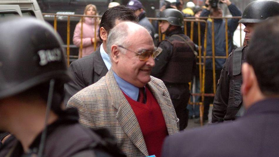 José Nino Gavazzo, en una foto de archivo yendo a declarar ante la Justicia uruguaya.
