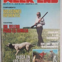 Los perros acompañaron al cazador también en las tapas de revista Weekend.