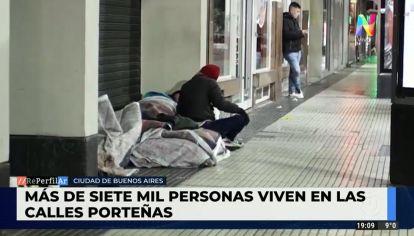 Hay más de siete mil personas viviendo en las calles porteñas