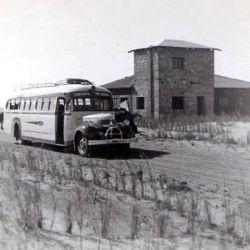 A finales de la década del 30, empezó a desarrollarse un gran movimiento turístico en la zona costera del partido de General Lavalle que dio origen a las localidades de San Clemente del Tuyú y Mar de Ajó.