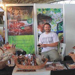 En el viaje no deben faltar degustaciones de chacinados en puestos regionales (Colonia Caroya).