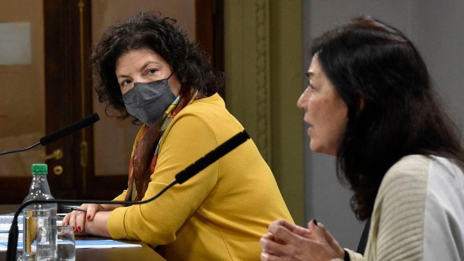 La secretaria de Legal y Técnica de la Presidencia, Vilma Ibarra, junto a Carla Vizzotti, ministra de Salud.