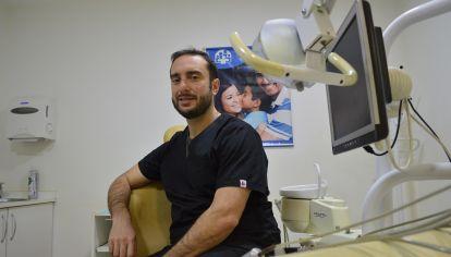 """EMILIANO. El hijo de José Luis es odontólogo y el recuerdo de su padre sigue vivo. """"Todos destacan que era una buena persona"""", dice."""